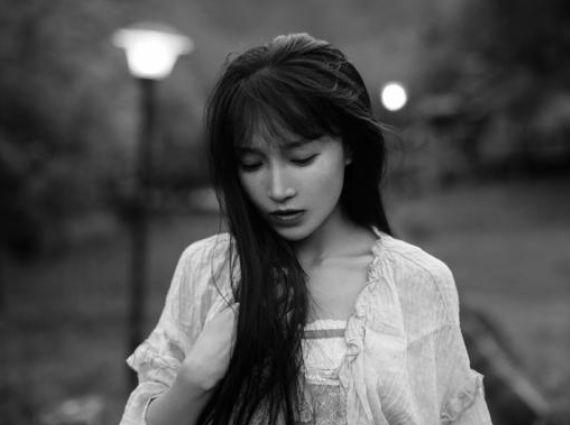 Nhan sắc ngọt ngào của tiên nữ đồng quê Trung Quốc Lý Tử Thất - Hình 7