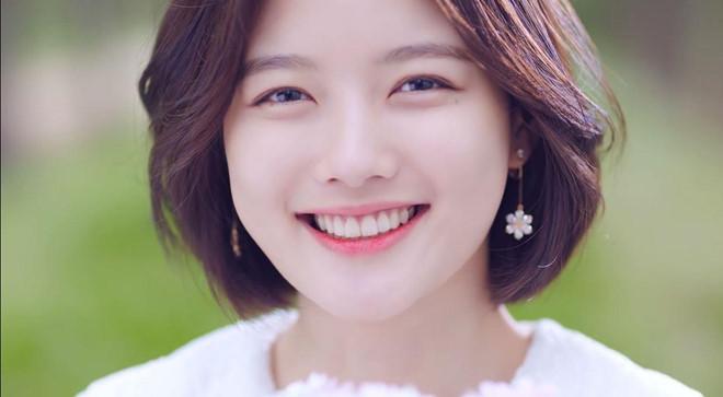 Sao nhí nổi tiếng nhất Hàn Quốc ngọt ngào trong MV nam thần WANNA ONE - Hình 9