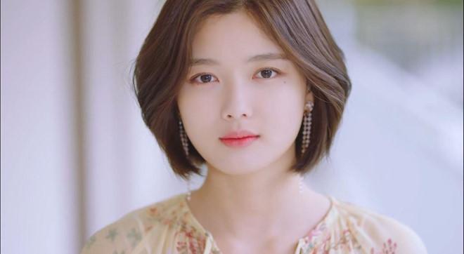 Sao nhí nổi tiếng nhất Hàn Quốc ngọt ngào trong MV nam thần WANNA ONE - Hình 6