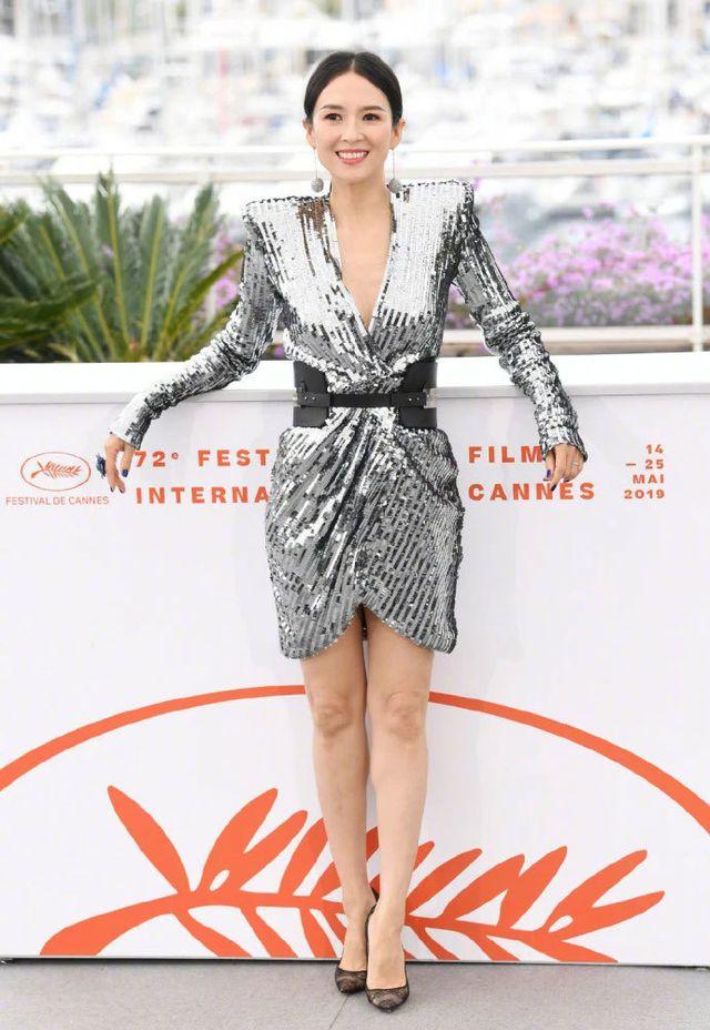 Thần thái đỉnh cao, Chương Tử Di tiếp tục tỏa sáng tại Cannes - Hình 15