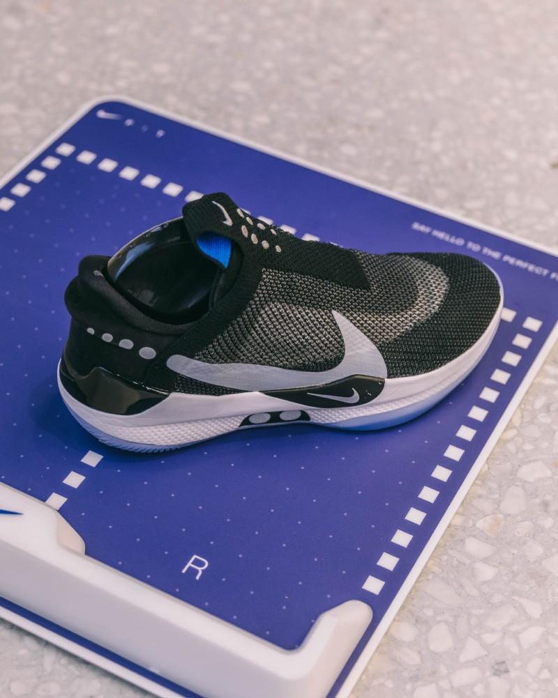 Với ứng dụng Nike FIT, bạn sẽ không còn lo chọn nhầm size giày - Hình 2