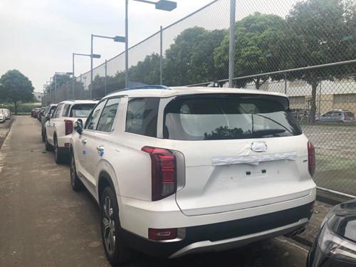 Anh cả SUV nhà Hyundai ồ ạt về Việt Nam - Hình 2
