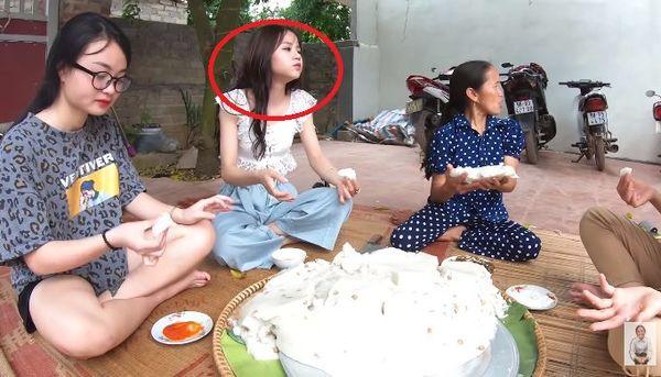 Gái xinh bị fans của Bà Tân vlog ném đá vì... xuất hiện trong các clip với lớp make up quá đậm - Hình 3