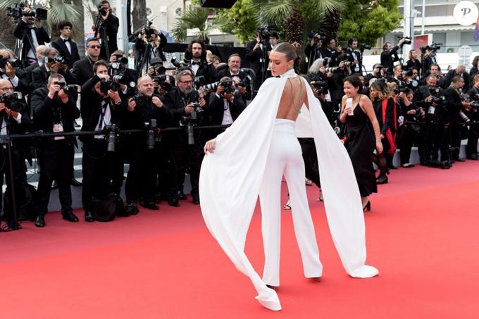 Hoa hậu Hoàn vũ 2016 khoe dáng ở Cannes - Hình 10