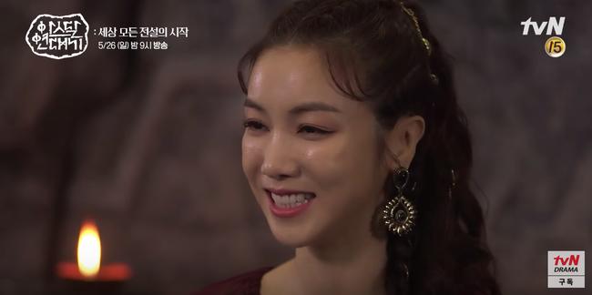 Lộ hậu trường bom tấn mới: Jang Dong Gun phong độ bao nhiêu, Song Joong Ki ngơ ngác bấy nhiêu - Hình 3