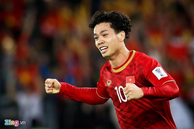 Những điểm thú vị trong danh sách tuyển Việt Nam và U23 - Hình 2
