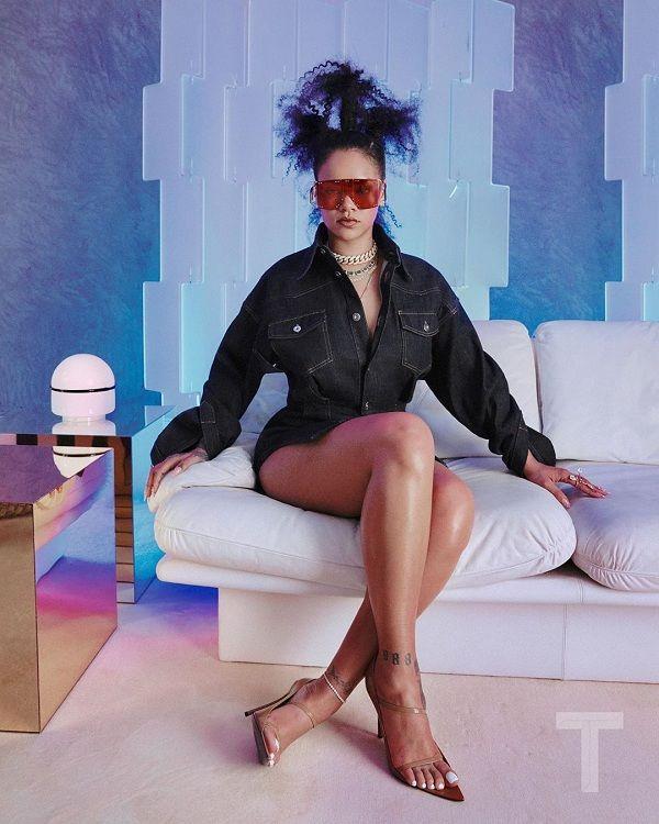 Rihanna cột tóc ba chỏm, cool ngầu trong bộ ảnh thời trang - Hình 2