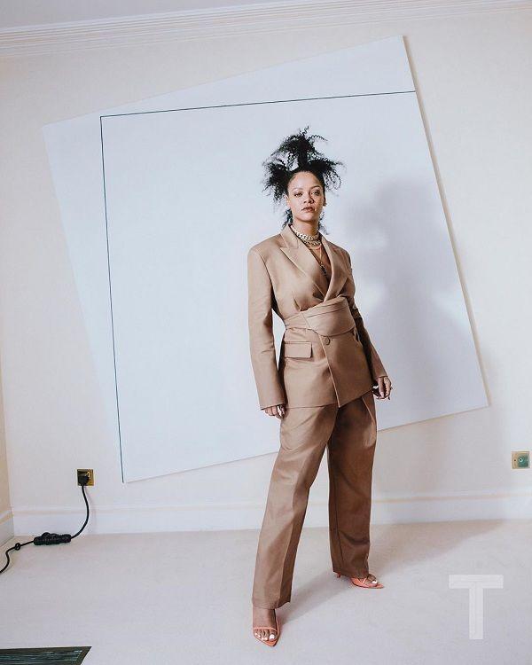 Rihanna cột tóc ba chỏm, cool ngầu trong bộ ảnh thời trang - Hình 3