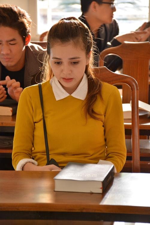 Thánh bịp vô danh của đạo diễn Vương Tinh có bản Việt hóa - Hình 5