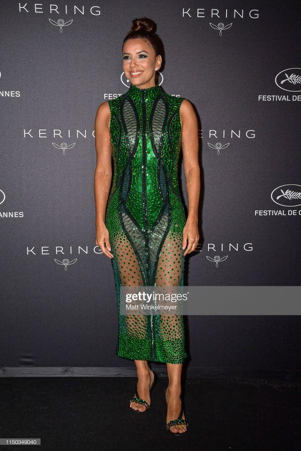 Top 10 bộ cánh thảm họa ở Liên hoan phim Cannes 2019, riêng Ngọc Trinh đã chiếm 3 bộ - Hình 12