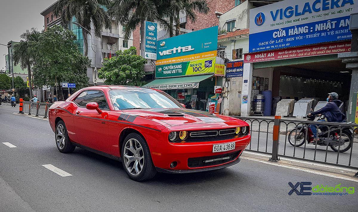Chạm mặt hàng hiếm Dodge Challenger SXT của nữ nài cứng từ Đồng Nai - Hình 1