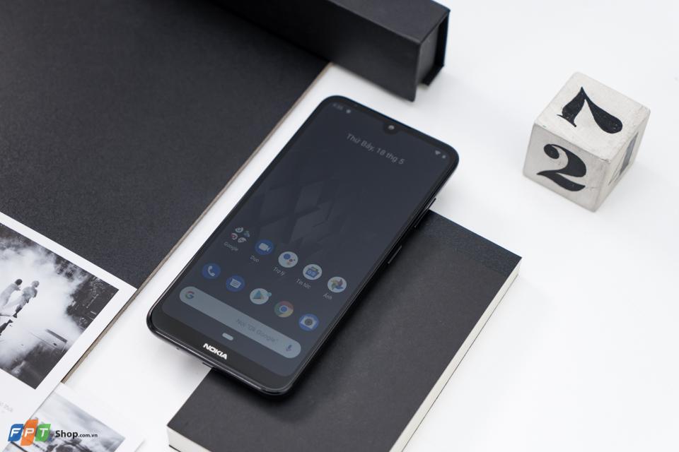 Đánh giá Nokia 3.2: smartphone ăn chắc mặc bền của mọi nhà - Hình 3