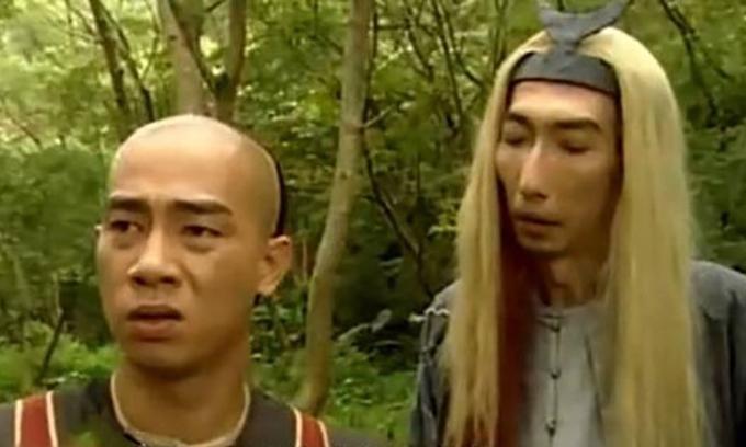 Diễn viên Hong Kong cao gần 2m từng bị đánh, ép đóng phim mát mẻ - Hình 3