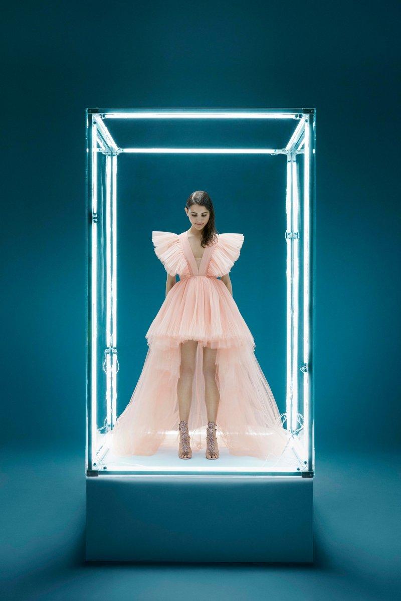 H&M đánh úp với BST hợp tác cùng NTK Giambattista Valli toàn váy đầm bung xòe - Hình 15
