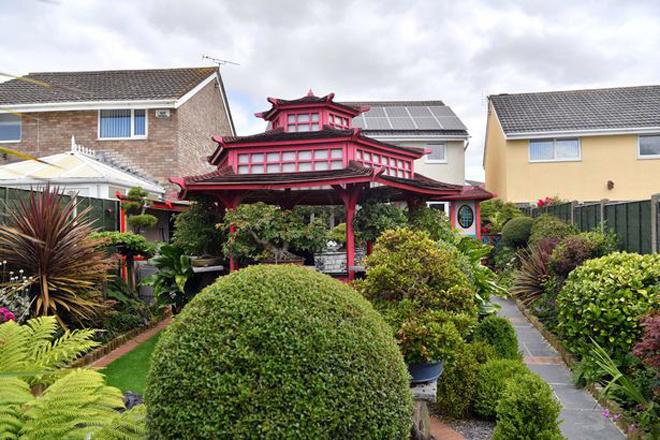 Khu vườn Nhật bí ẩn phía sau nhà cặp vợ chồng Anh - Hình 7
