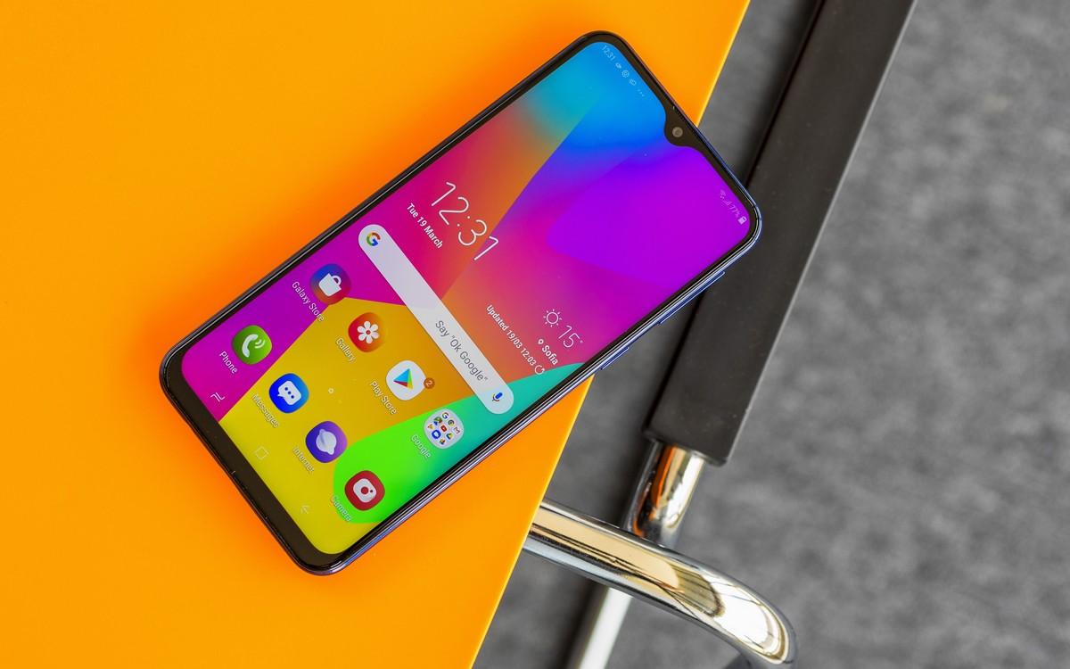 Samsung Galaxy M20: Điện thoại giá rẻ Samsung đã có thiết kế không còn rẻ nữa - Hình 7