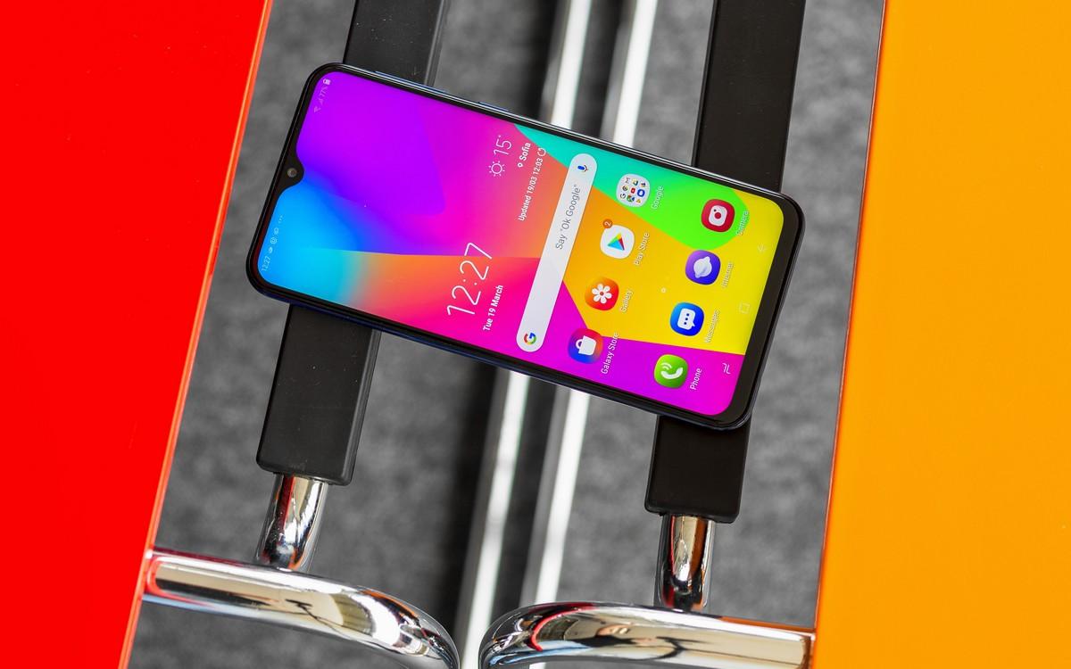 Samsung Galaxy M20: Điện thoại giá rẻ Samsung đã có thiết kế không còn rẻ nữa - Hình 1