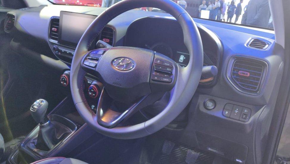 SUV cỡ B giá rẻ Hyundai Venue 2020 bán chạy như tôm tươi - Hình 3