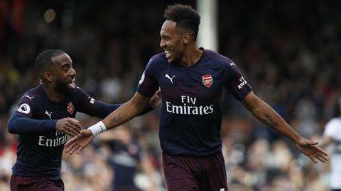 Arsenal mất trắng Aaron Ramsey: Lời cảnh cáo cho Auba & Laca - Hình 1