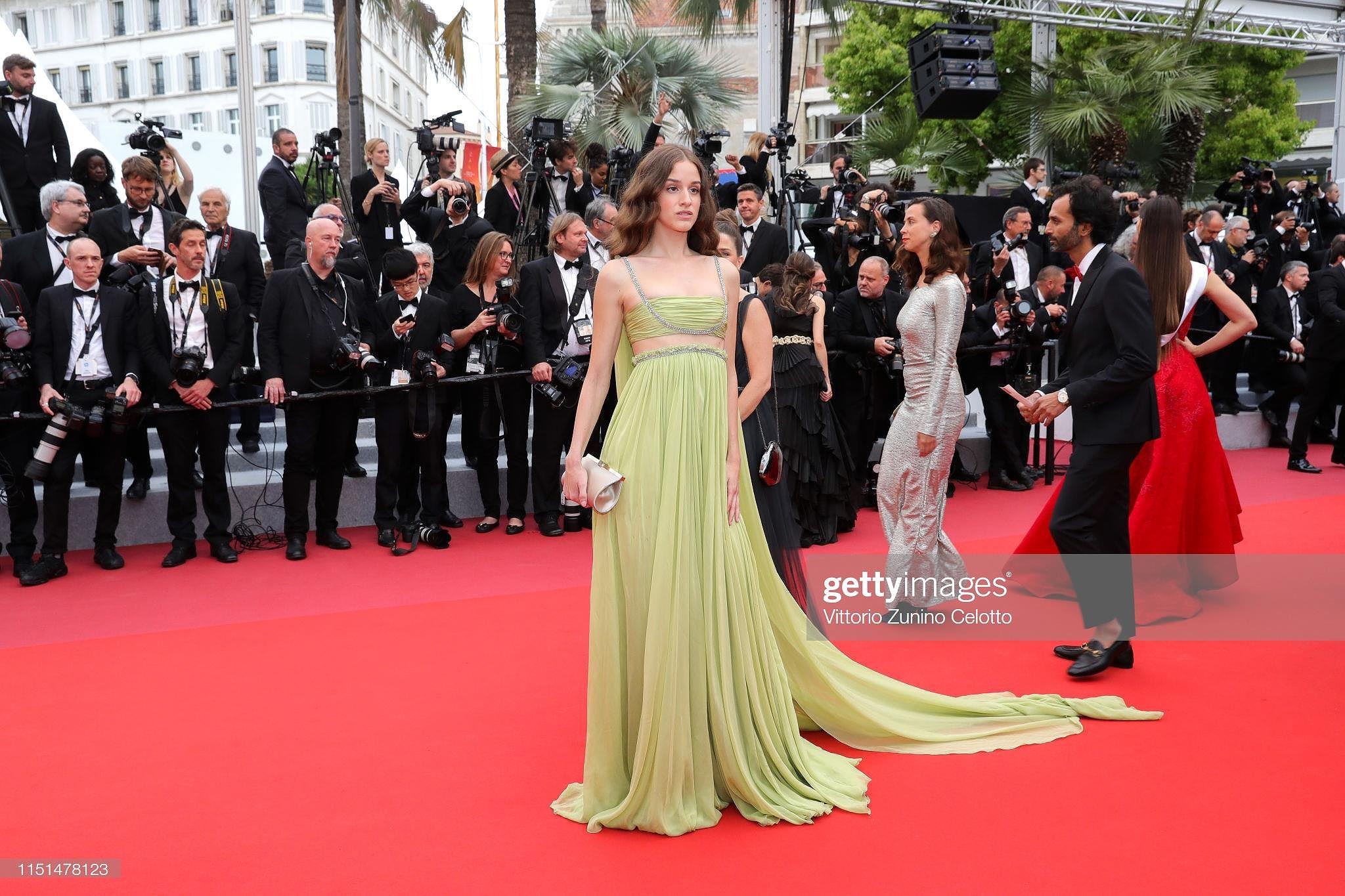 Cannes ngày 11: Xuất hiện loạt 'đối thủ' của Ngọc Trinh, có cả thảm họa thẩm mỹ - Hình 36