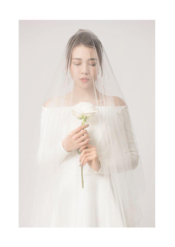 Cường Đô La chuẩn bị đến 4 chiếc váy cưới cho vợ trong ngày trọng đại - Hình 2