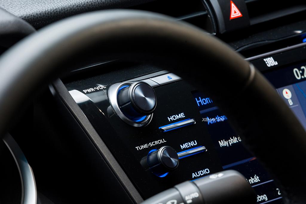 Đánh giá Toyota Camry 2.5Q 2019 - Ông hoàng phân khúc sedan hạng D - Hình 11
