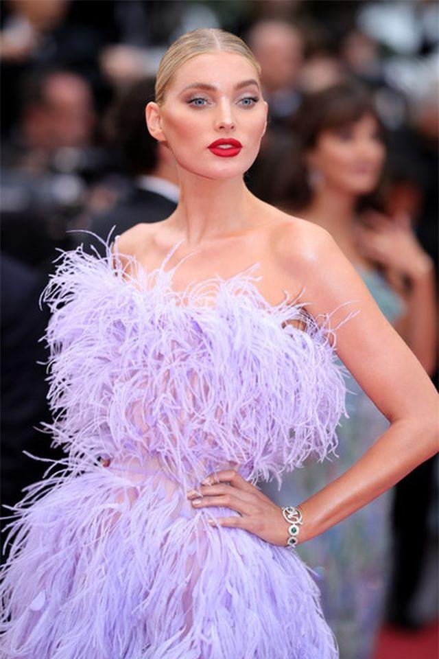 Elsa Hosk rực rỡ với váy tím dự LHP Cannes - Hình 6