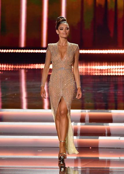 Hoàng Thùy nên tung ngay tuyệt chiêu này ở Miss Universe 2019 ắt sẽ trăm trận trăm thắng - Hình 3