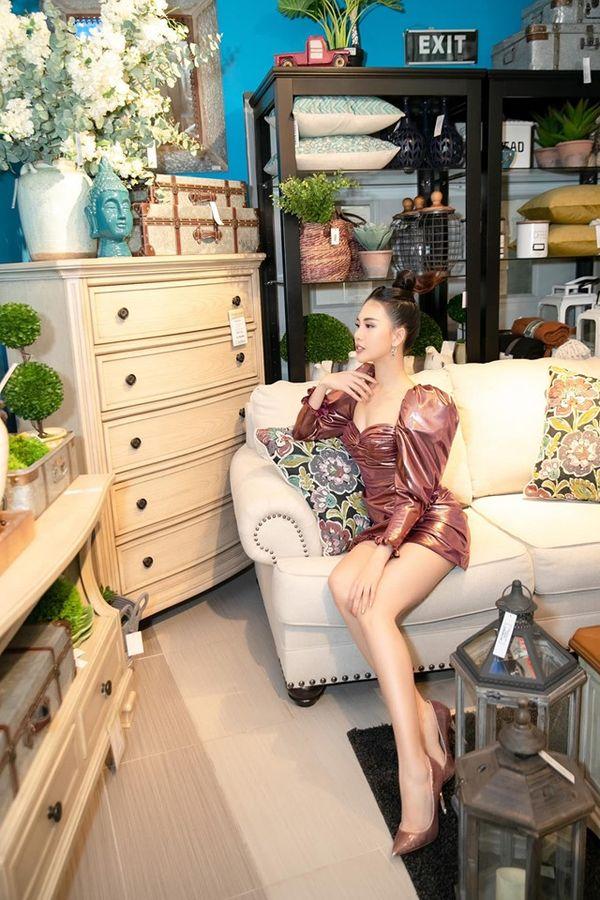 Không chân dài mét tám như Quỳnh Hoa, Katleen Phan Võ chẳng kém cạnh khi đụng váy áo - Hình 2