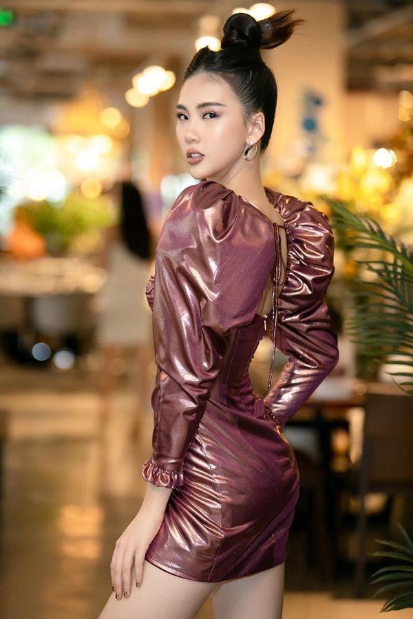 Không chân dài mét tám như Quỳnh Hoa, Katleen Phan Võ chẳng kém cạnh khi đụng váy áo - Hình 3