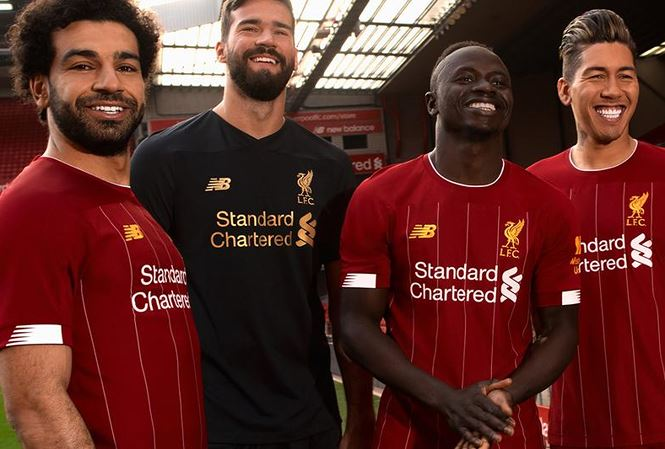 Liverpool vô địch... về tiền thưởng tại Premier League - Hình 1