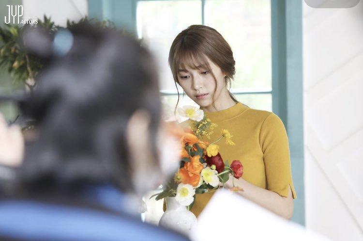 Ngạc nhiên chưa? Gà cưng JYP từng diễn MV của trai đẹp EXO Baekhyun giờ lên hàng vai chính Hollywood! - Hình 3