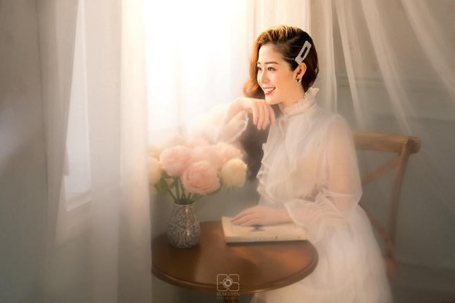 Nữ MC truyền hình ở Quảng Ninh được mệnh danh hot girl thời tiết - Hình 7
