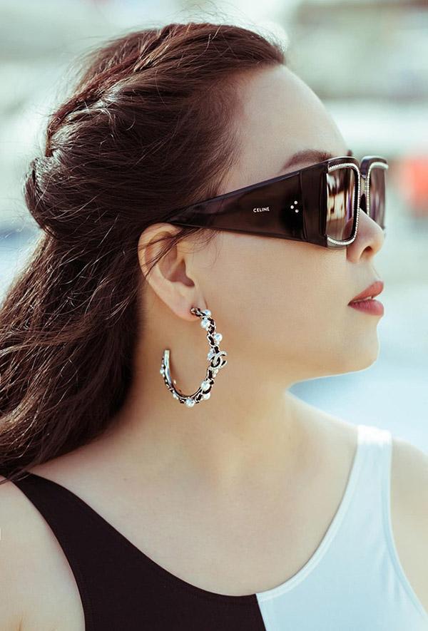 Phượng Chanel dạo phố Cannes cùng Ngọc Trinh - Hình 8