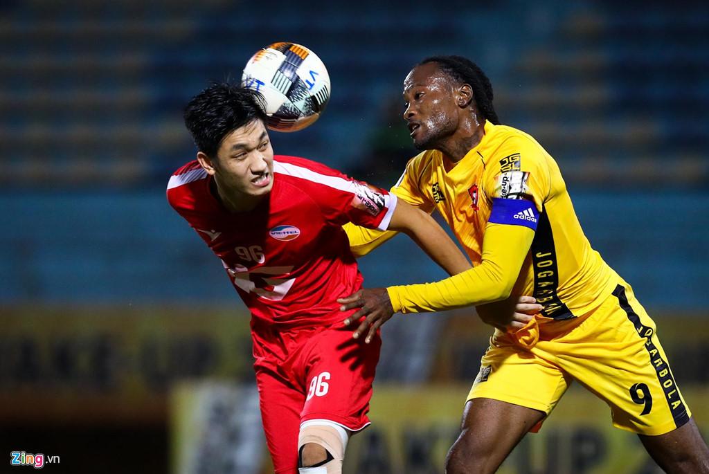 Sao U23 Việt Nam ngăn đồng đội lao vào ăn thua đủ với trọng tài - Hình 8