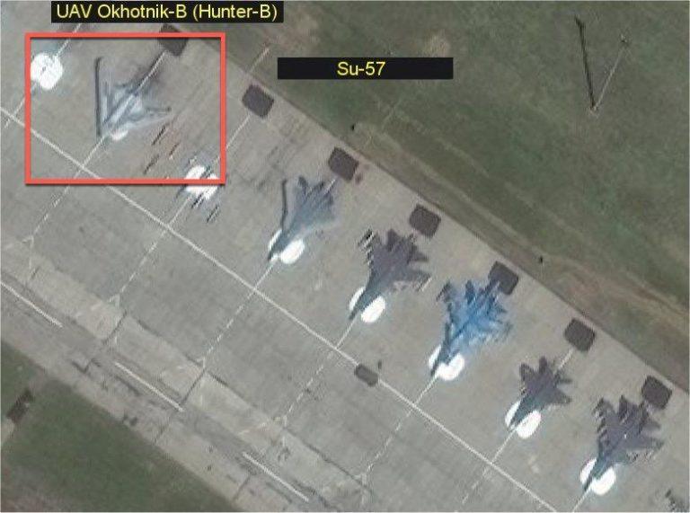 Vệ tinh phát hiện siêu máy bay mới của Nga Putin muốn giấu kín - Hình 2