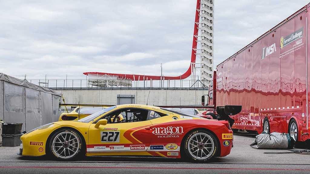 Các đại gia có tiền tấn chưa chắc đã được gia nhập CLB siêu xe Ferrari này! - Hình 3