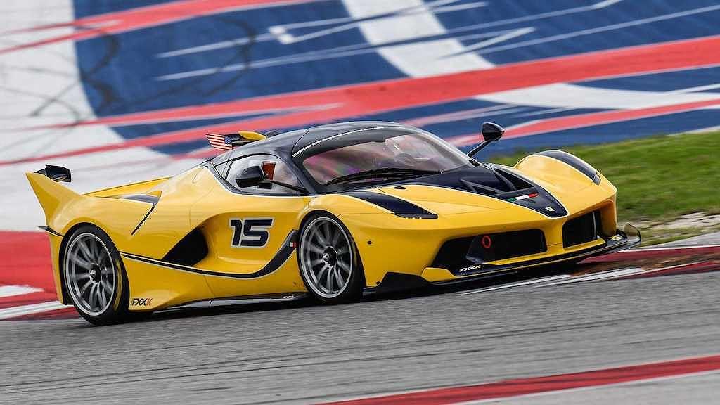 Các đại gia có tiền tấn chưa chắc đã được gia nhập CLB siêu xe Ferrari này! - Hình 8