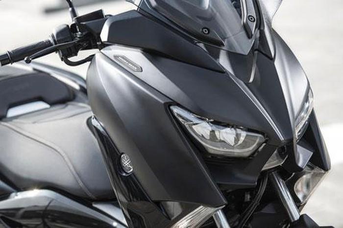 Chi tiết Yamaha XMax 300: Động cơ 292cc, giá hơn 120 triệu - Hình 9
