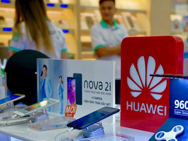 Chuyên gia: Huawei đủ sức chống lại cấm vận của Mỹ trong 6 tháng tới - Hình 1