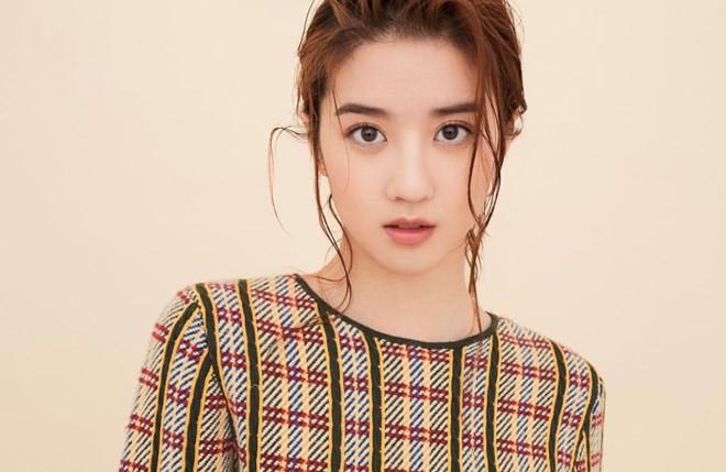 Hot girl Singapore thế hệ mới đa tài, nổi tiếng trong giới trẻ châu Á - Hình 1