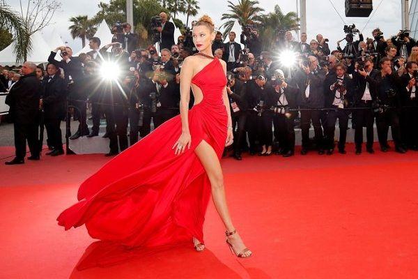 Bộ váy tai tiếng của Ngọc Trinh không hề lọt Top trang phục đẹp nhất Cannes trên tạp chí uy tín - Hình 7