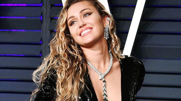 Miley Cyrus hé lộ toàn bộ tracklist album mới hậu ồn ào liên quan Nicki Minaj và Cardi B: Sự tính toán đã lên kế hoạch? - Hình 3