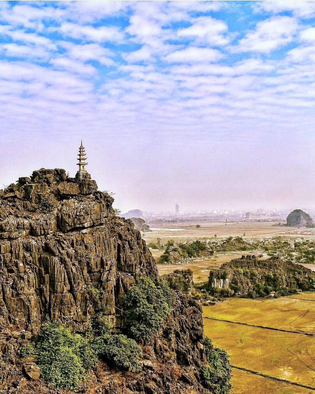 Mùa vàng Tam Cốc đẹp ngỡ ngàng từ đỉnh Vạn lý trường thành Việt Nam - Hình 5