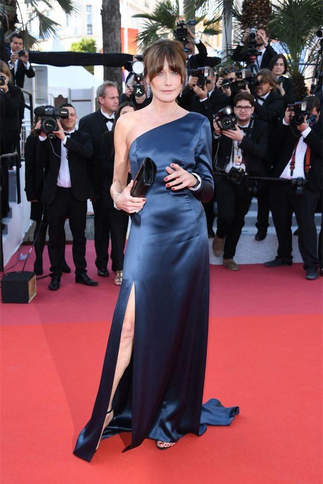Những bộ váy đẹp nhất trên thảm đỏ Cannes 2019 - Hình 32