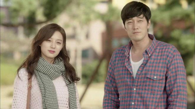 Trước khi yêu Song Joong Ki, Kim Ji Won dính thính cực mạnh từ 6 nam thần màn ảnh này: Số 6 còn bị đồn hẹn hò! - Hình 15