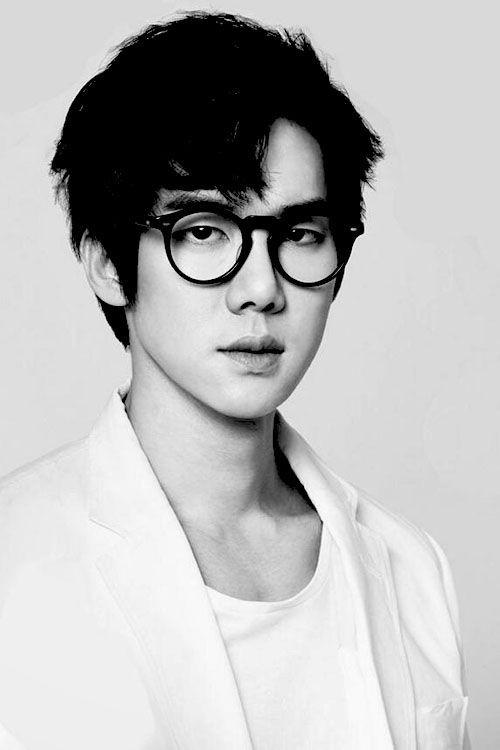 Trước khi yêu Song Joong Ki, Kim Ji Won dính thính cực mạnh từ 6 nam thần màn ảnh này: Số 6 còn bị đồn hẹn hò! - Hình 17