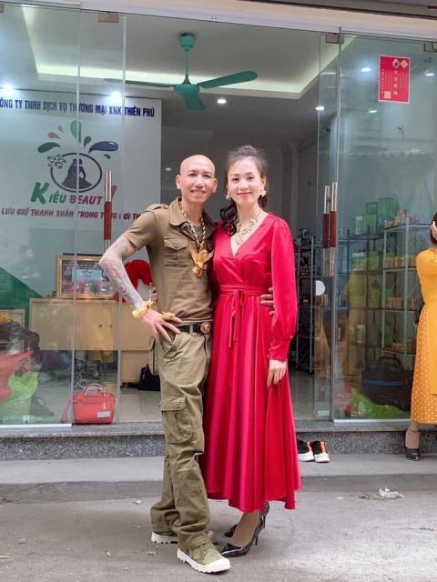 Vợ chồng Phú Lê bán thần dược : Hà Nội kiểm tra nóng - Hình 1
