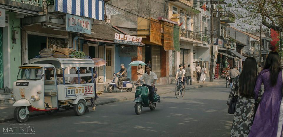 Bồi hồi ngắm nghía phố phường Việt Nam đầy hoài niệm với 5 bộ phim đình đám này! - Hình 1