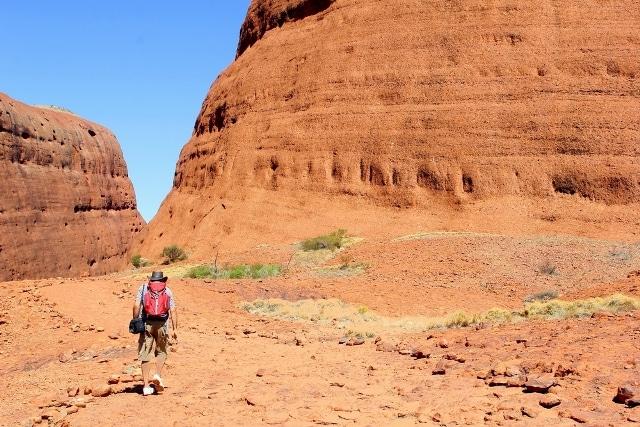 Kết quả hình ảnh cho cấm leo núi Uluru c